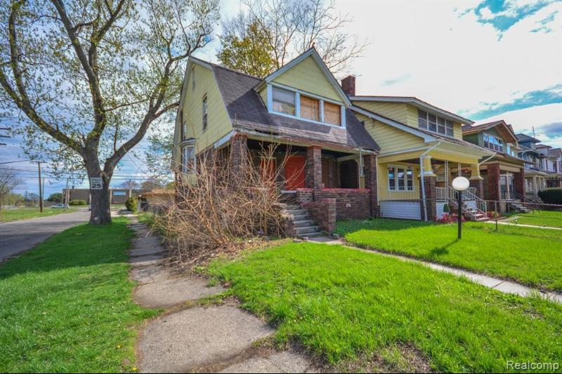 Listing Photo for 2901 Lothrop St