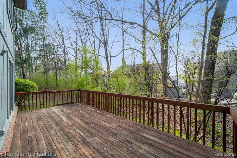 Listing Photo for 37696 Burton Dr