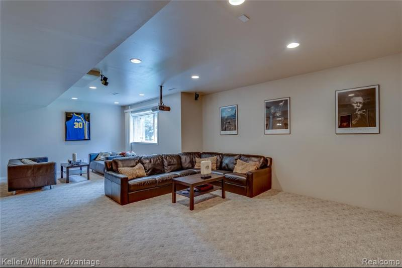 Listing Photo for 47575 Manorwood Dr