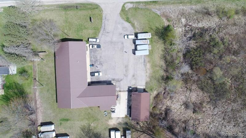 Listing Photo for 6069 N Lapeer Rd