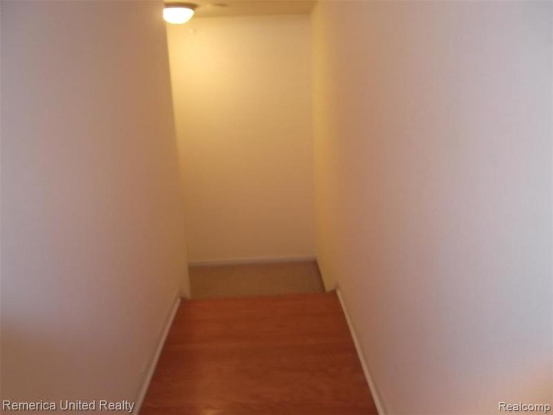 Listing Photo for 3268 Newbury Pl  7