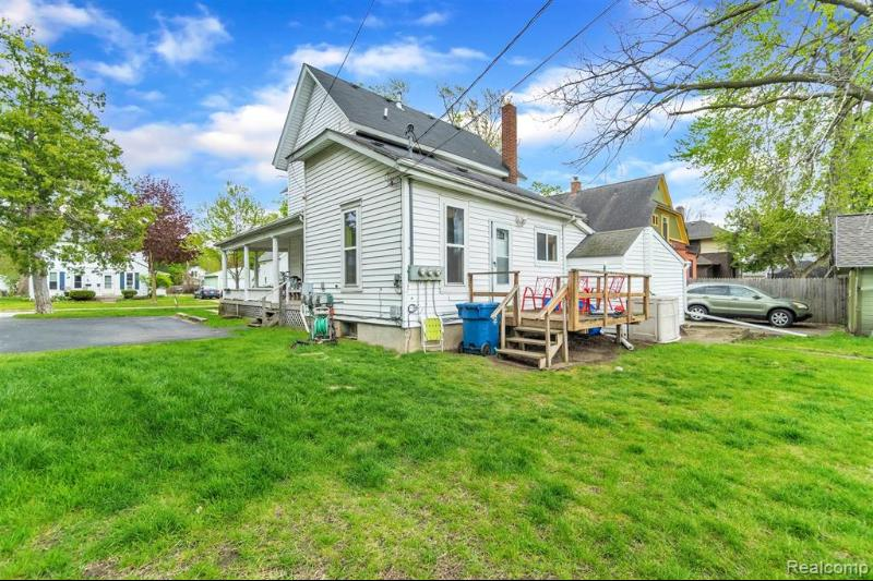 Listing Photo for 309 N Davison St