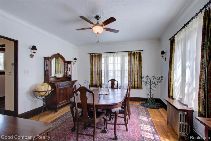 Listing Photo for 2884 Oakman Blvd