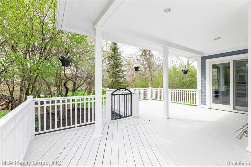 Listing Photo for 11275 Hawthorne Glen Dr