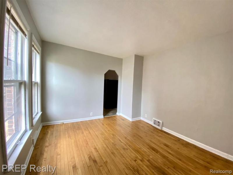 Listing Photo for 4858 W Commonwealth St