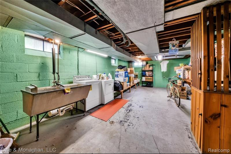 Listing Photo for 719 Harcourt Rd