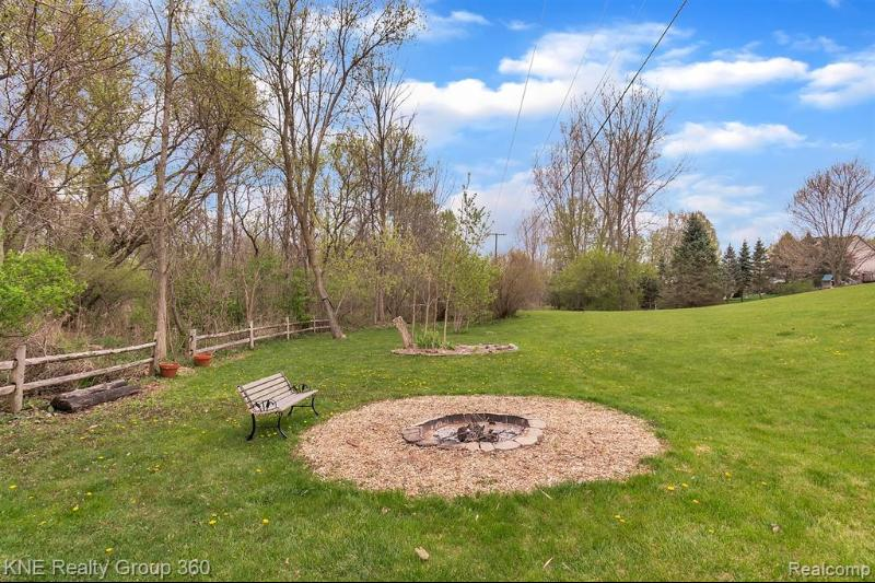Listing Photo for 2612 Circle Pine Crt