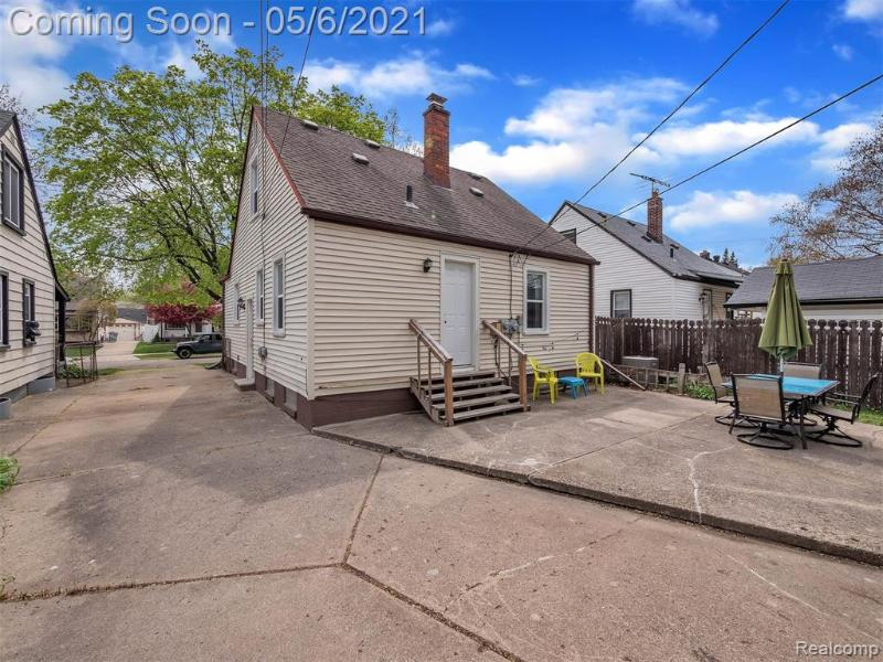 Listing Photo for 2153 Garfield St