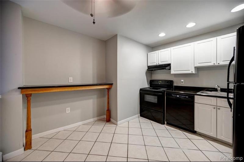 Listing Photo for 120 Seward St 109