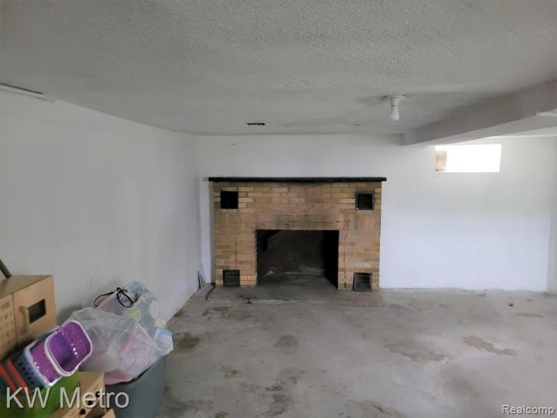 Listing Photo for 13541 Minock St