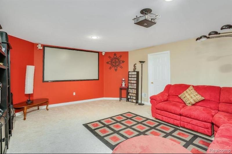 Listing Photo for 18524 E Clairmont Cir