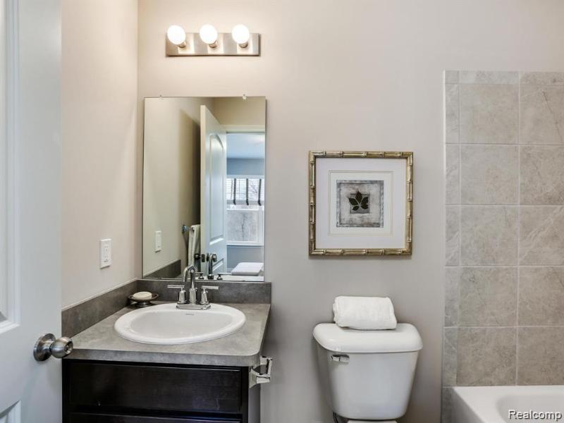 Listing Photo for 411 Jeff Keeton Dr 35