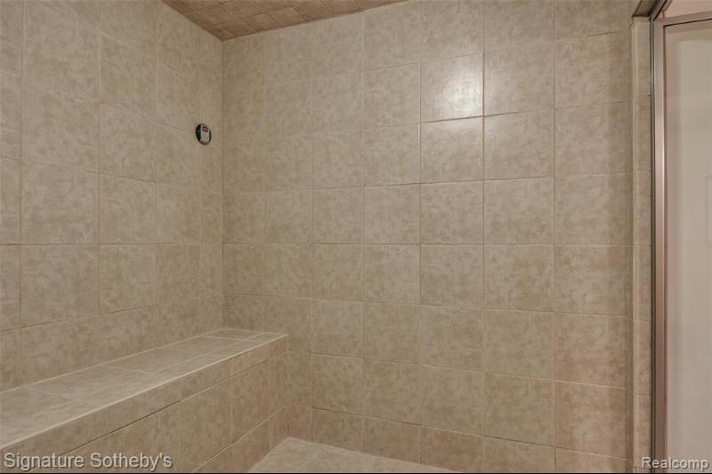 Listing Photo for 6826 Kennsway Crt