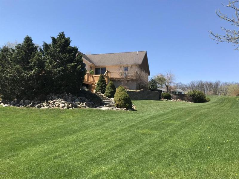 Listing Photo for 14955 Heather Ct