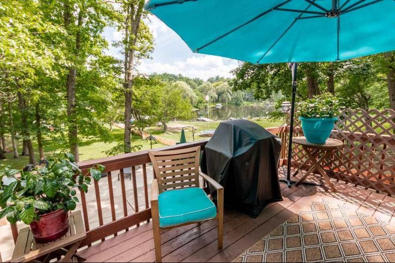 Listing Photo for 462 Skyline Dr