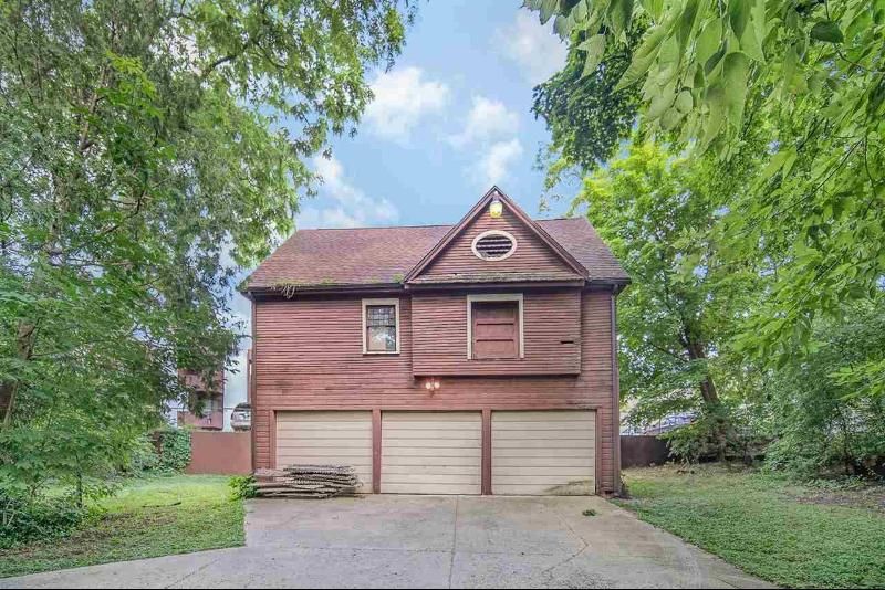 Listing Photo for 547 Wildwood Ave