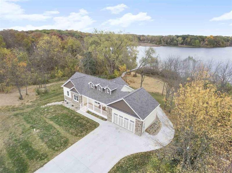 Listing Photo for 10025 Shady Oak Shores Dr