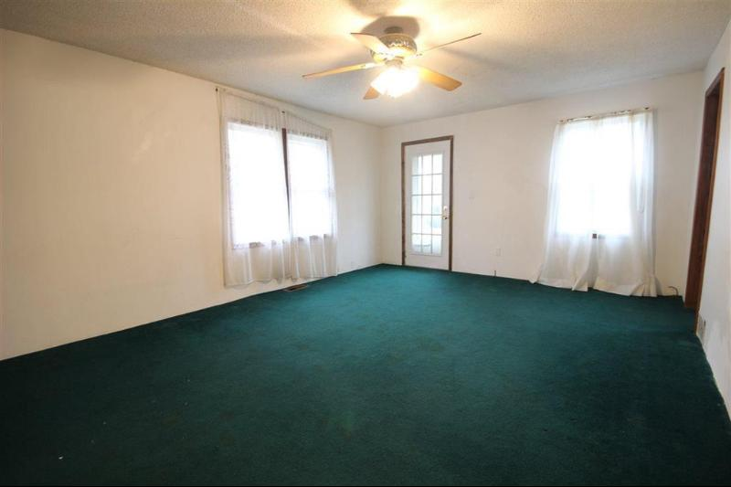 Listing Photo for 203 E Bird
