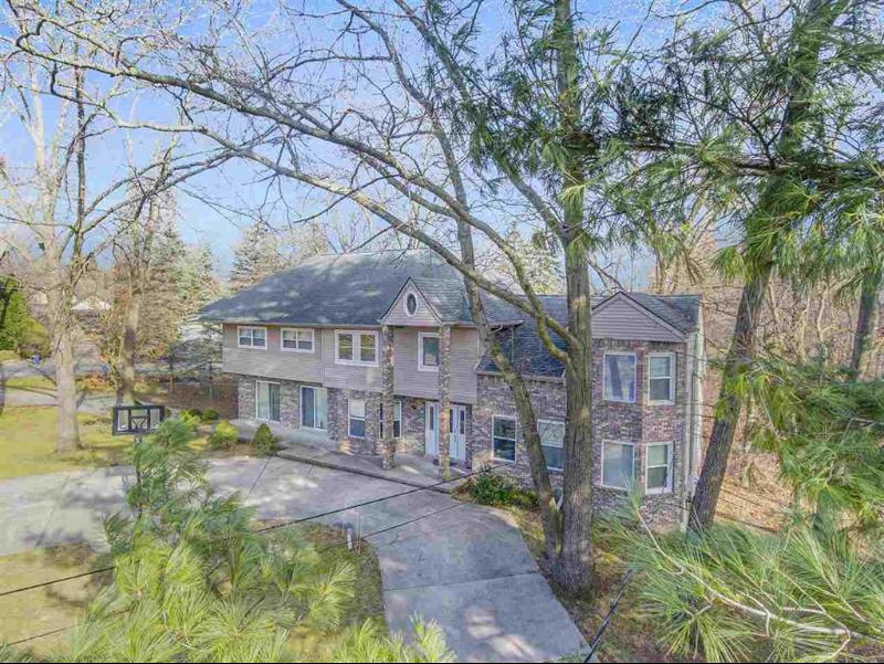 Listing Photo for 11584 Grand Pointe Dr