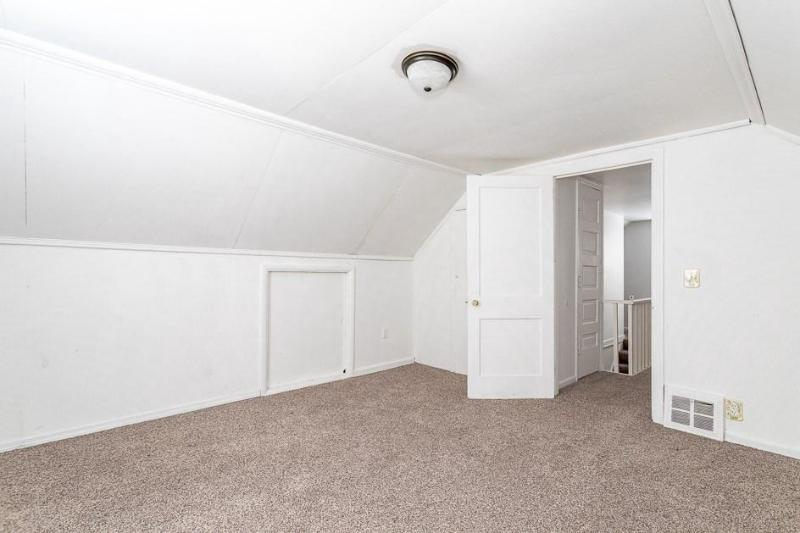 Listing Photo for 515 E Russell