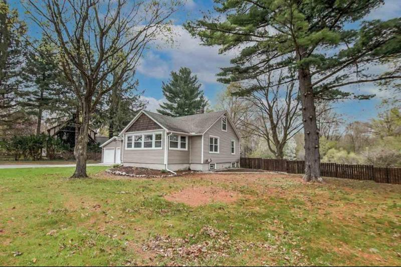 Listing Photo for 5000 S Jackson Rd