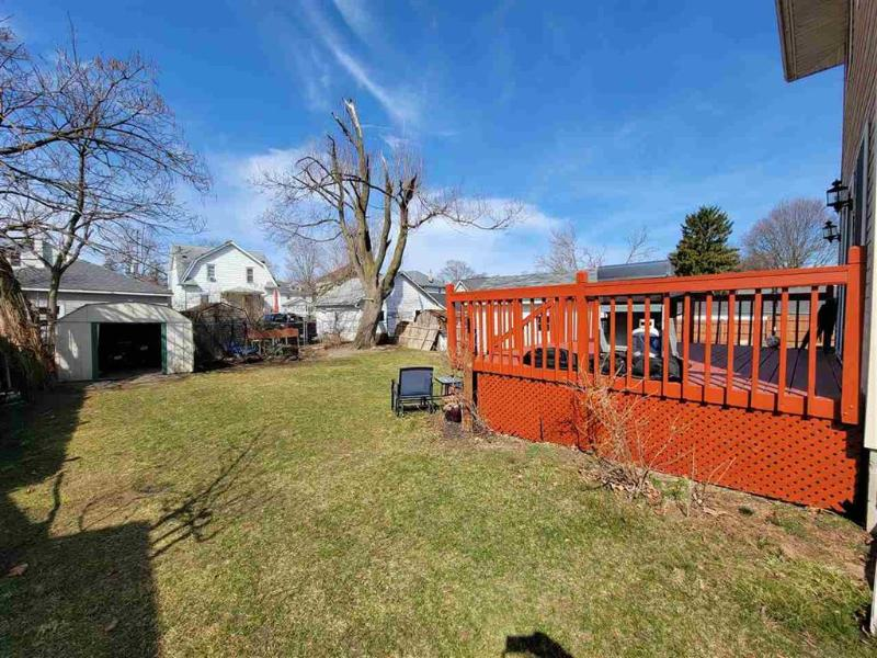 Listing Photo for 216 N Bowen St