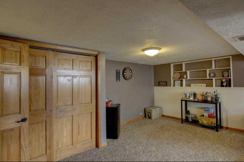 Listing Photo for 2056 W Parnall