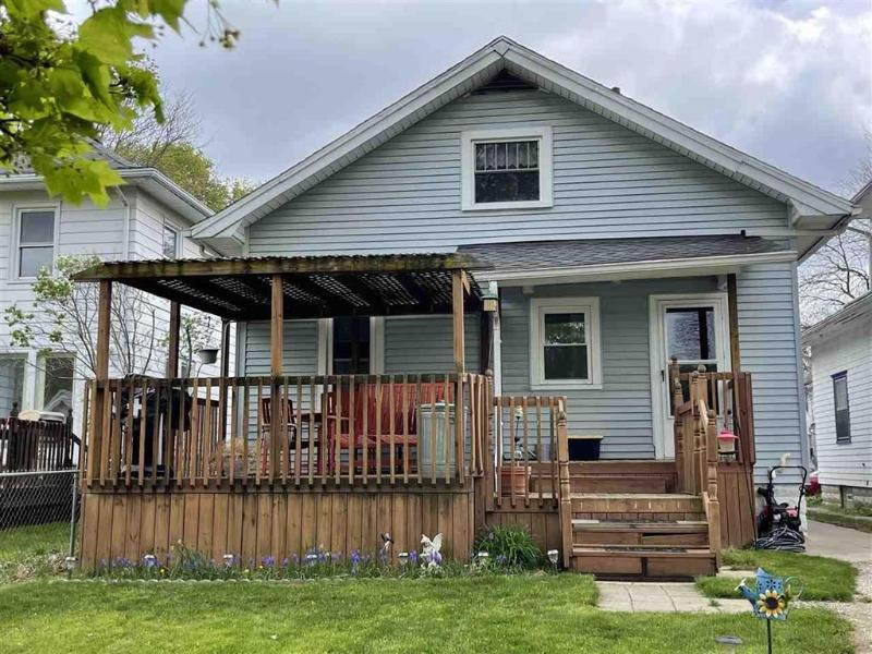 Listing Photo for 240 N Bowen St