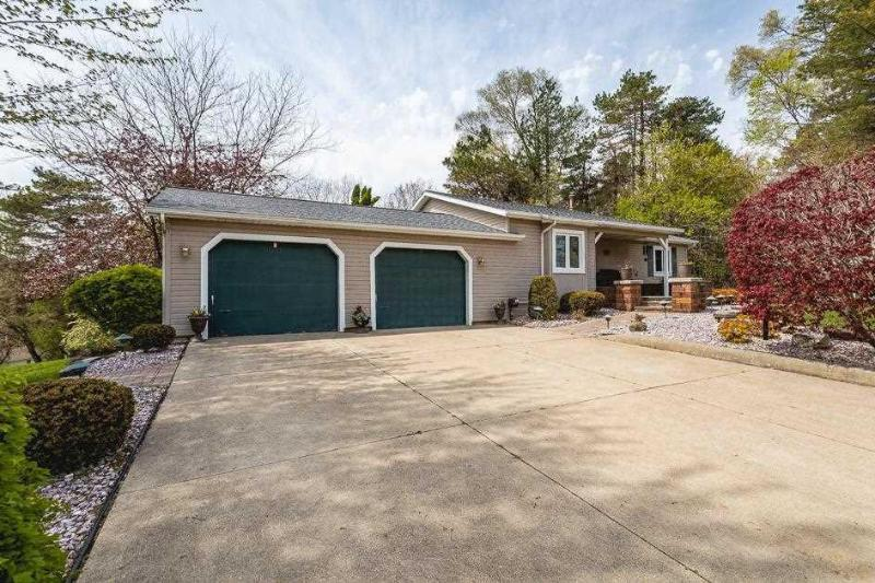 Listing Photo for 11790 Galway Dr