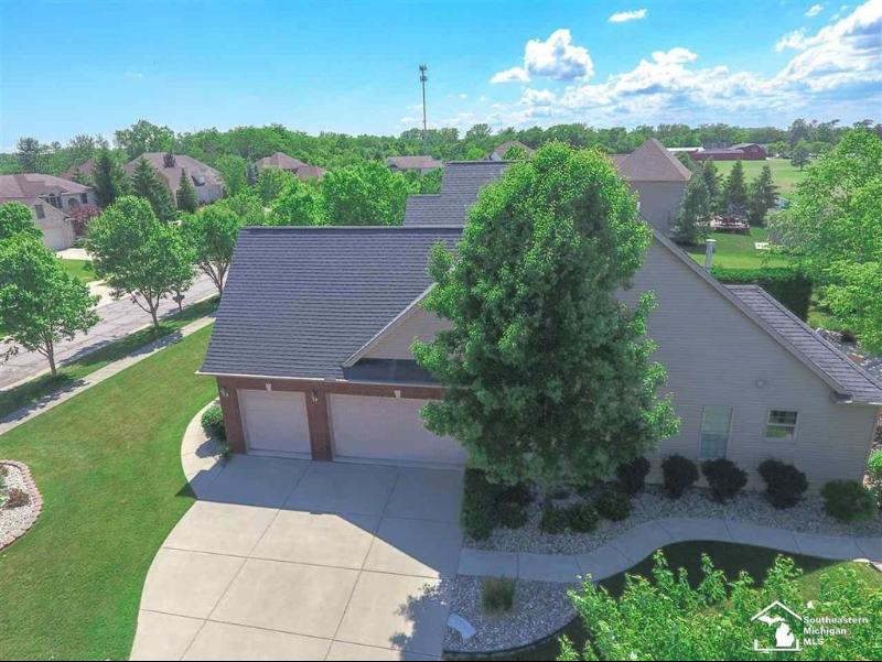 Listing Photo for 594 Ridge Point