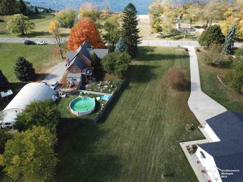 Listing Photo for 1023 Laplaisance Rd