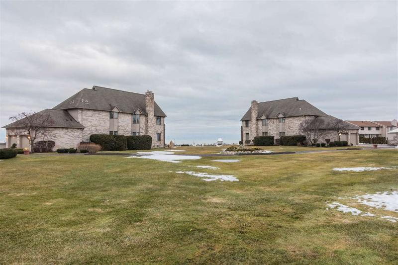 Listing Photo for 50685 Harbour View Dr. N