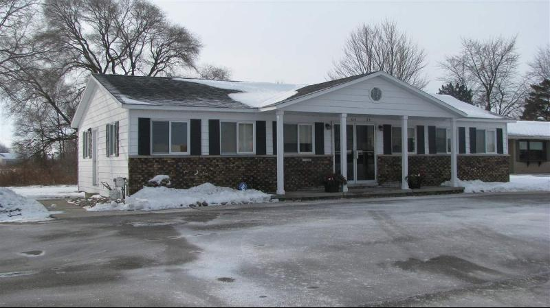 Listing Photo for 519 W Center Rd.