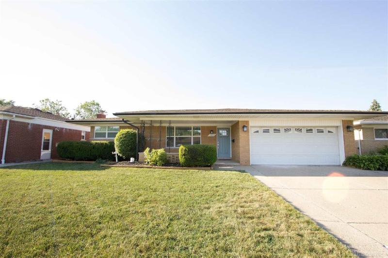 Listing Photo for 13217 Cromie Drive