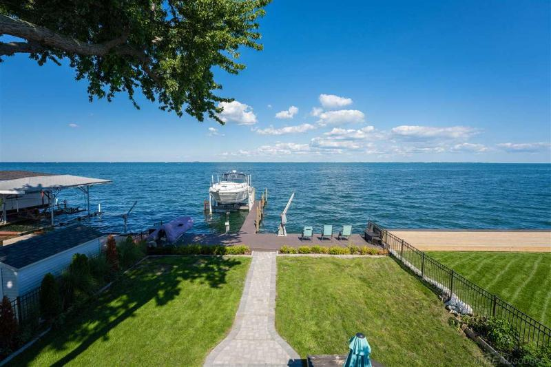 Listing Photo for 37894 Lakeshore Dr