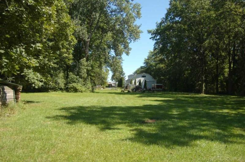 Listing Photo for 9698 N River rd