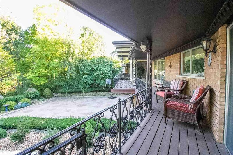 Listing Photo for 21266 Balfour