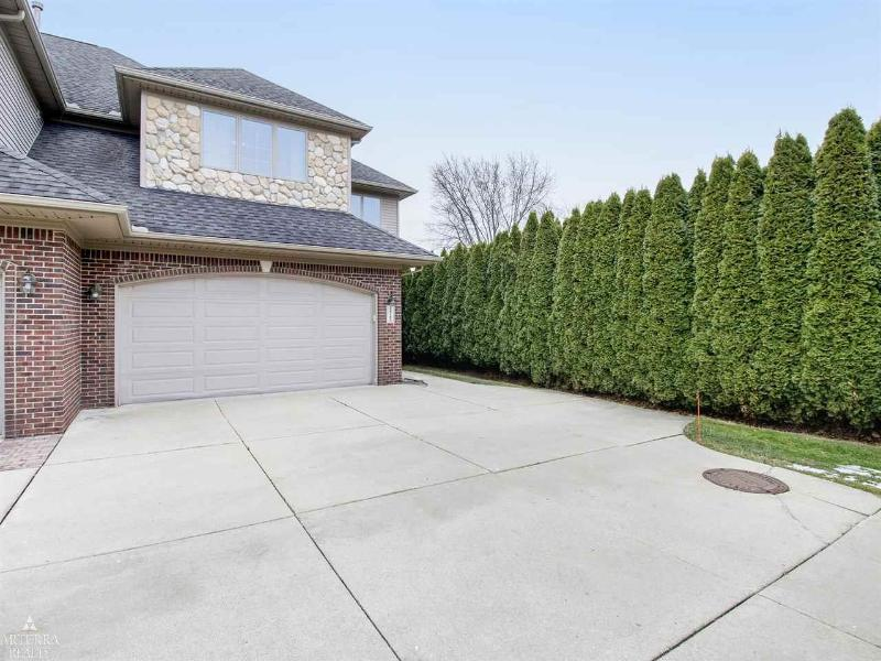 Listing Photo for 29765 Alexandra