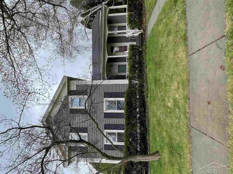 Listing Photo for 306 E Maple St.