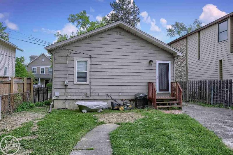 Listing Photo for 1471 Ruffner Avenue