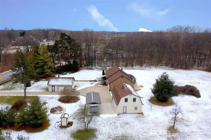 Listing Photo for 47037 Sugarbush Rd.