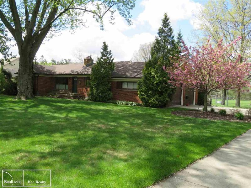 Listing Photo for 38345 Hayes