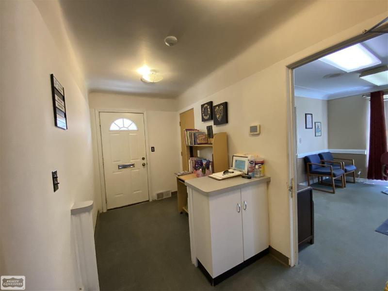 Listing Photo for 132 Cass Ave