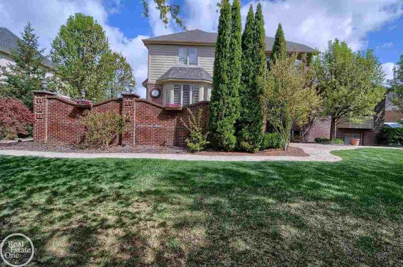Listing Photo for 13274 Maple Lawn Drive