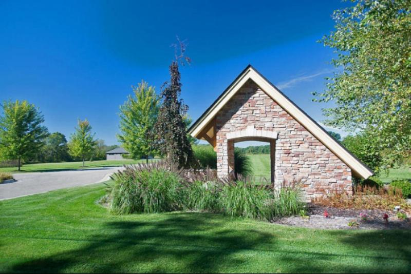 Listing Photo for 124 Stonegate Drive
