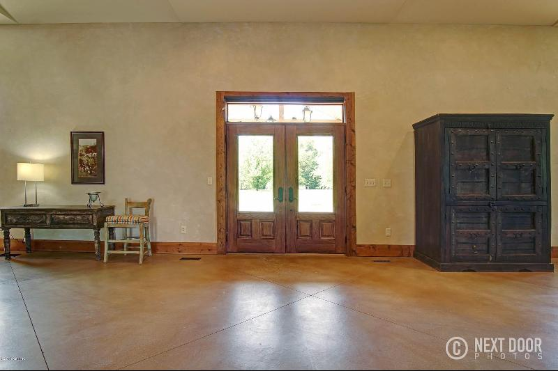 Listing Photo for 2298 E Glendora Road