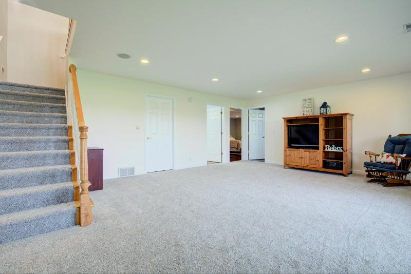 Listing Photo for 9377 Perry Street