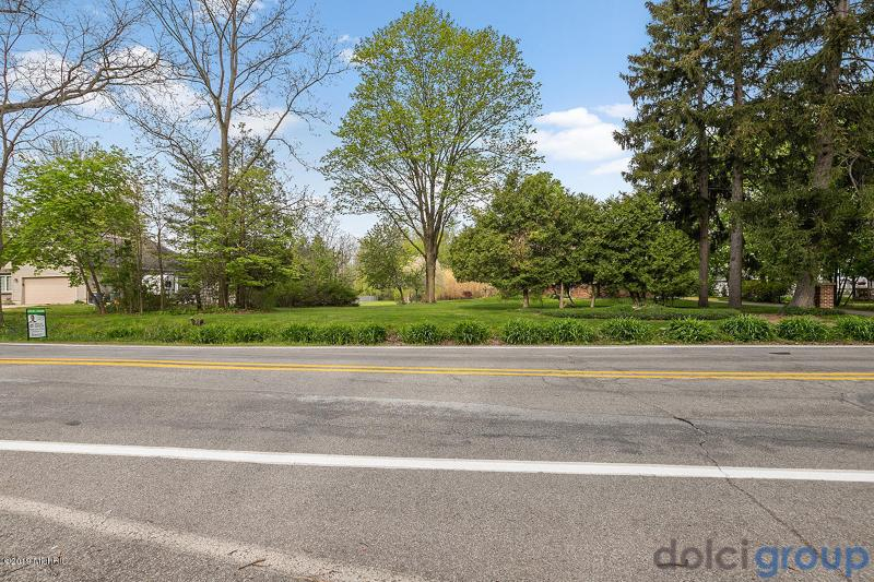 Listing Photo for 1081 Collindale Avenue