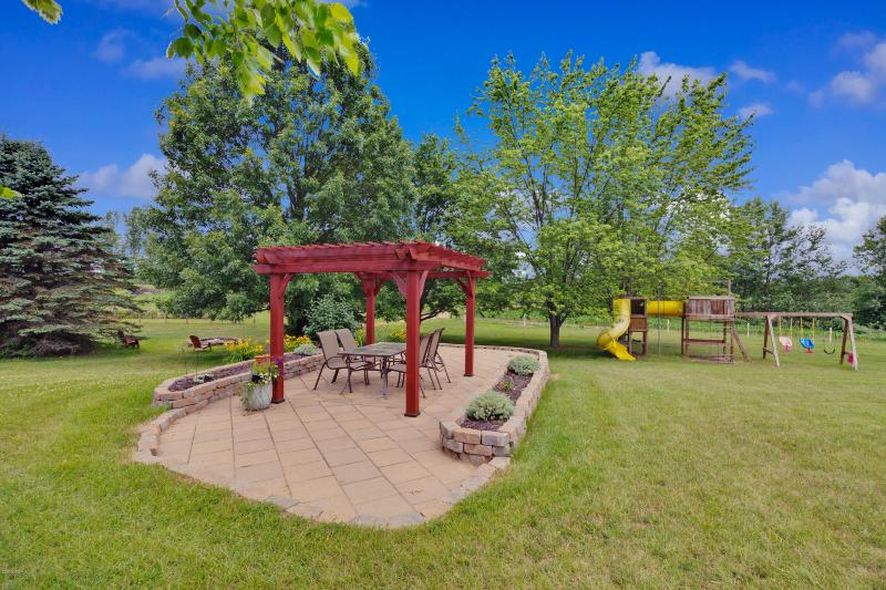 Listing Photo for 8261 Squires Street