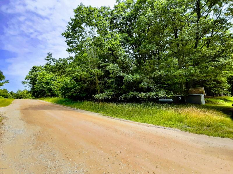 Listing Photo for 12665 Lakeview Road